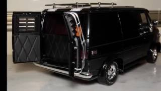 1/16 1974 Chevrolet Custom Van SS 350 black with white stripes by H...