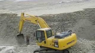 和田玉的挖掘过程