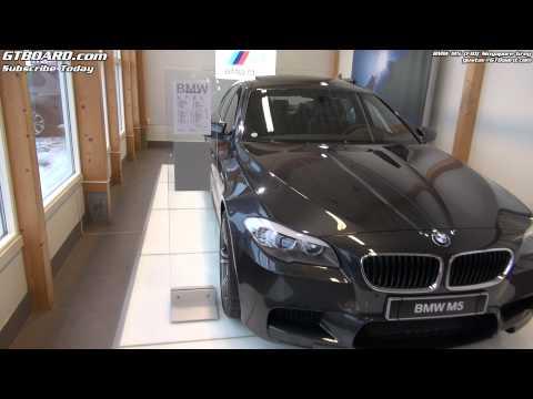 Singapore Grey BMW M5 F10