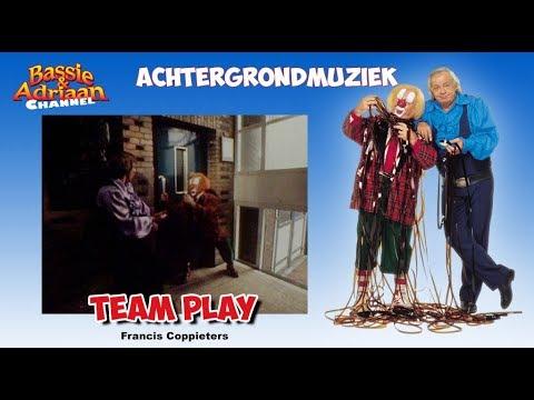 Bassie & Adriaan - Achtergrondmuziek Plaaggeest - Lift