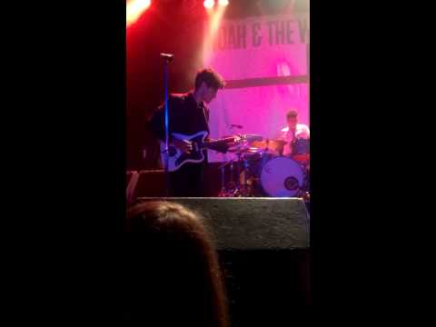 Noah and the Whale - Give A Little Love live at The Phoenix in Toronto, CA (10.19.2013)