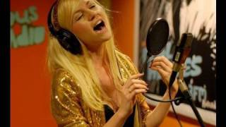 Susanna Kay Covers Empire State of Mind part 2 (Alicia Keys) @ Giel Beelen 3FM
