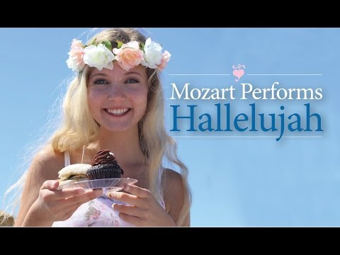"Leonard Cohen - ""Hallelujah"" - covered by Mozart Dee"