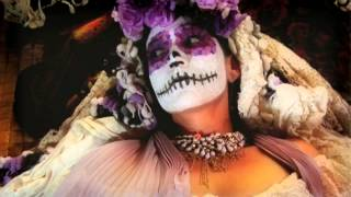 Play Every Day Is The Day Of The Dead