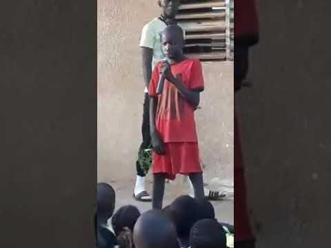 Écouter Ce Chris Brown du Senegal c'est du Jamais vu dans l'instoir du senegal