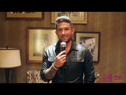 """Michael Ray Celebrates """"The One That Got Away"""" with No  1 Party at the Opry!"""