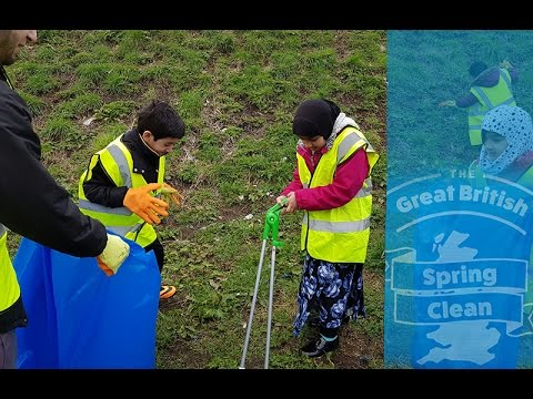 Birmingham residents take part in the Great British Spring Clean Campaign