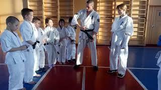 Как правильно завязать пояс в Кёкусинкай карате