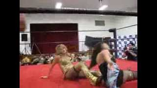 "Amanda ""mariah moreno"" with Angel vs NYKO Nikki Evolucha 2009"