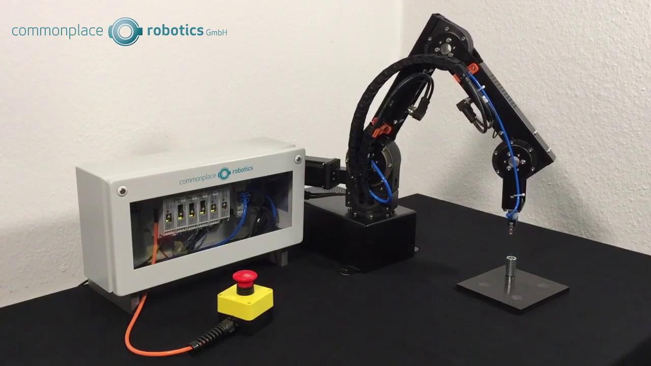 Modular Robot Controller Operating An Igus Robolink D Arm