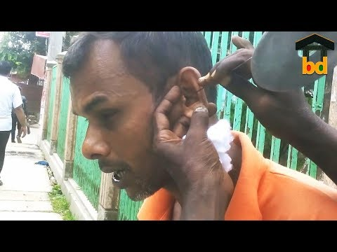 ►Funny Ear Cleaning II Talkative Guy Took The Wax Removal Tool at Finishing Time and Clean Own Ear