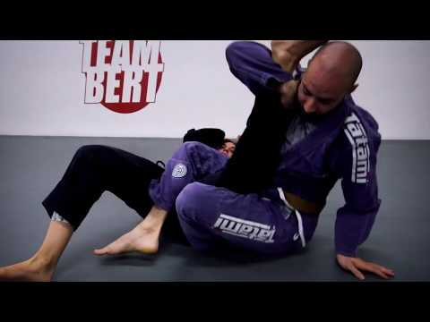 Half Guard Sweep to Kneebar