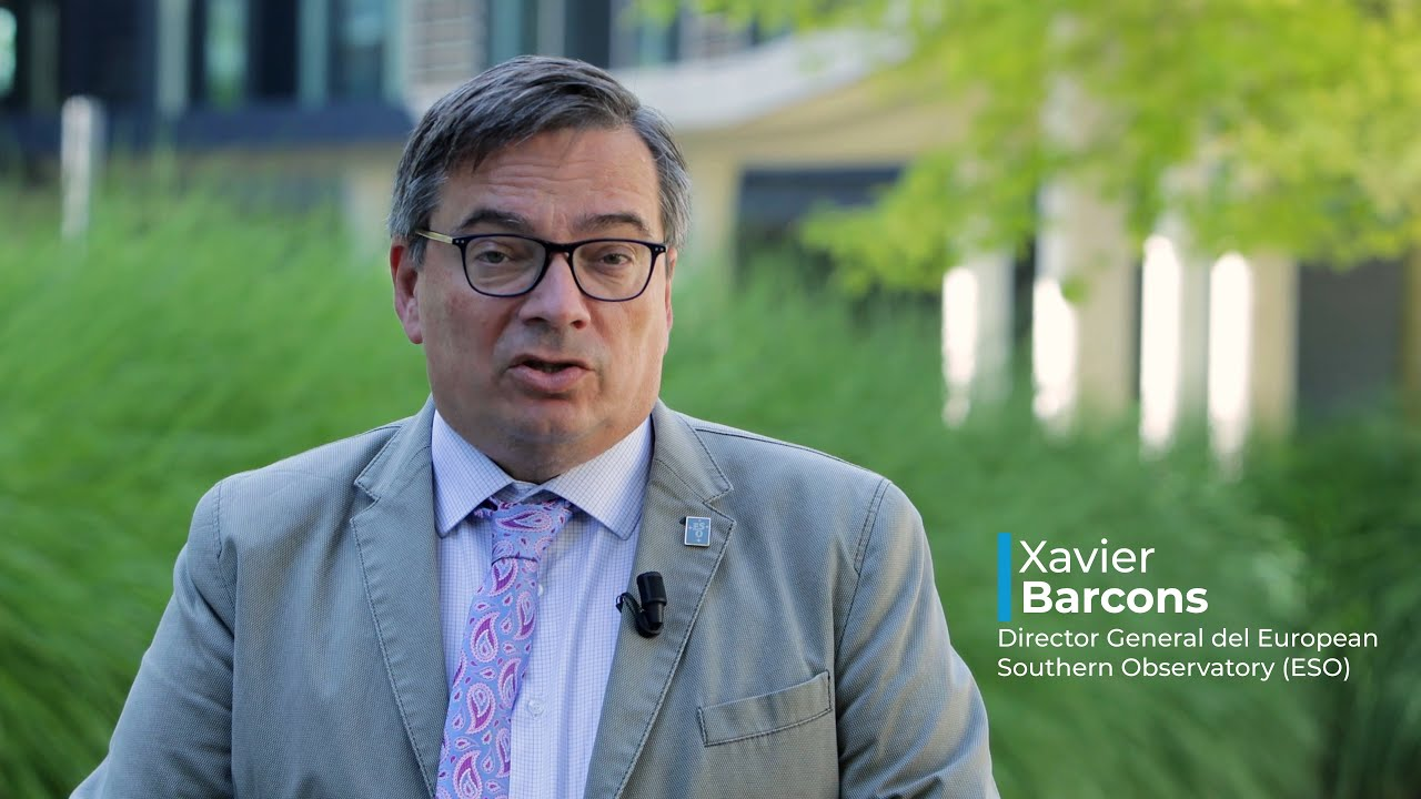 Entrevista a Xavier Barcons, Director General del European Southern Observatory (ESO) - YouTube