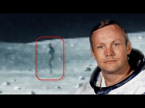 Thumbnail: 5 Astronauts and Scientists That Say UFOS & ALIENS EXIST