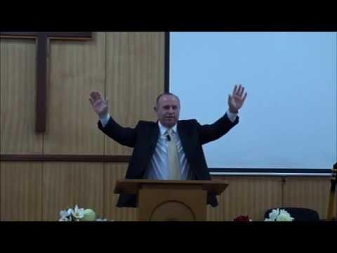 Христос - нашия превъзходен Първосвещеник