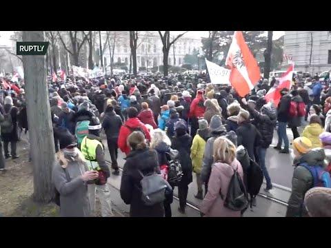 LIVE: COVID sceptics hold protest in Vienna despite ban