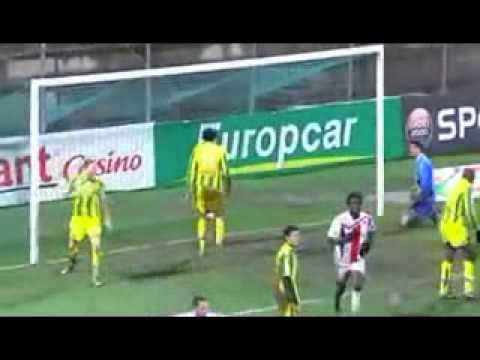 but de Carl Medjani algerie vs Nantes 18122009.flv