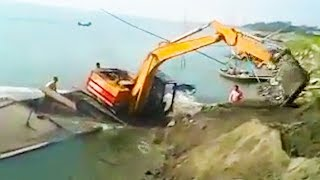 Ozzy Man Reviews: Excavator Fail