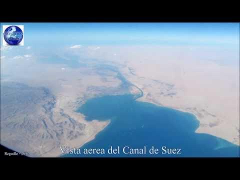 Vista aerea del canal de suez