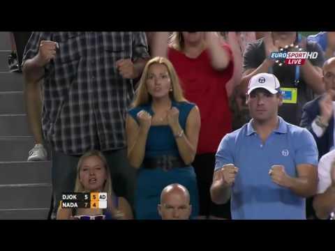 2012 - Australian Open - Finale - Novak Djokovic b Rafael Nadal 5/7 - 6/4 - 6/2 - (5)6/7 - 7/5 HL