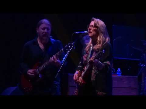 Let Me Roll It - Tedeschi Trucks Band October 7, 2017
