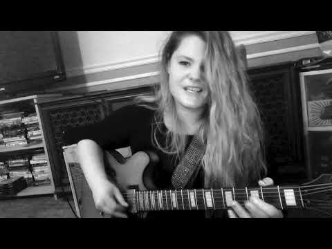 Bleach Blonde Bottle Blues (Larkin Poe) - Acoustic Cover