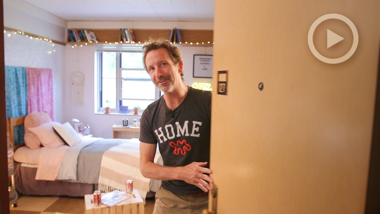 College Dorm Makeover With Apartment Therapy Founder Maxwell Ryan 89
