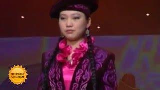 Национальные казахские костюмы  становятся трендом (24.12.15)(Национальная одежда становится популярнее. О том , почему это происходит - смотрите в программе