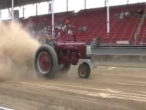 8-25 indiana county fair 4500 open antique tractor pull