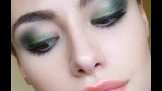 Prom Series - Forest Green Smokey Eye Thumbnail