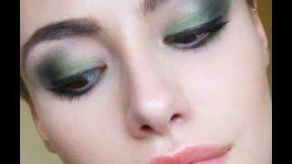 Prom Series - Forest Green Smokey Eye Thumbnail
