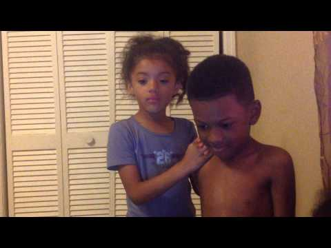 Little boy and little girl getting scared at Michael Jackson ghost SO FUNNY MUST WATCH