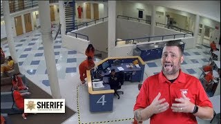 washington-county-inmate-jumps-guard