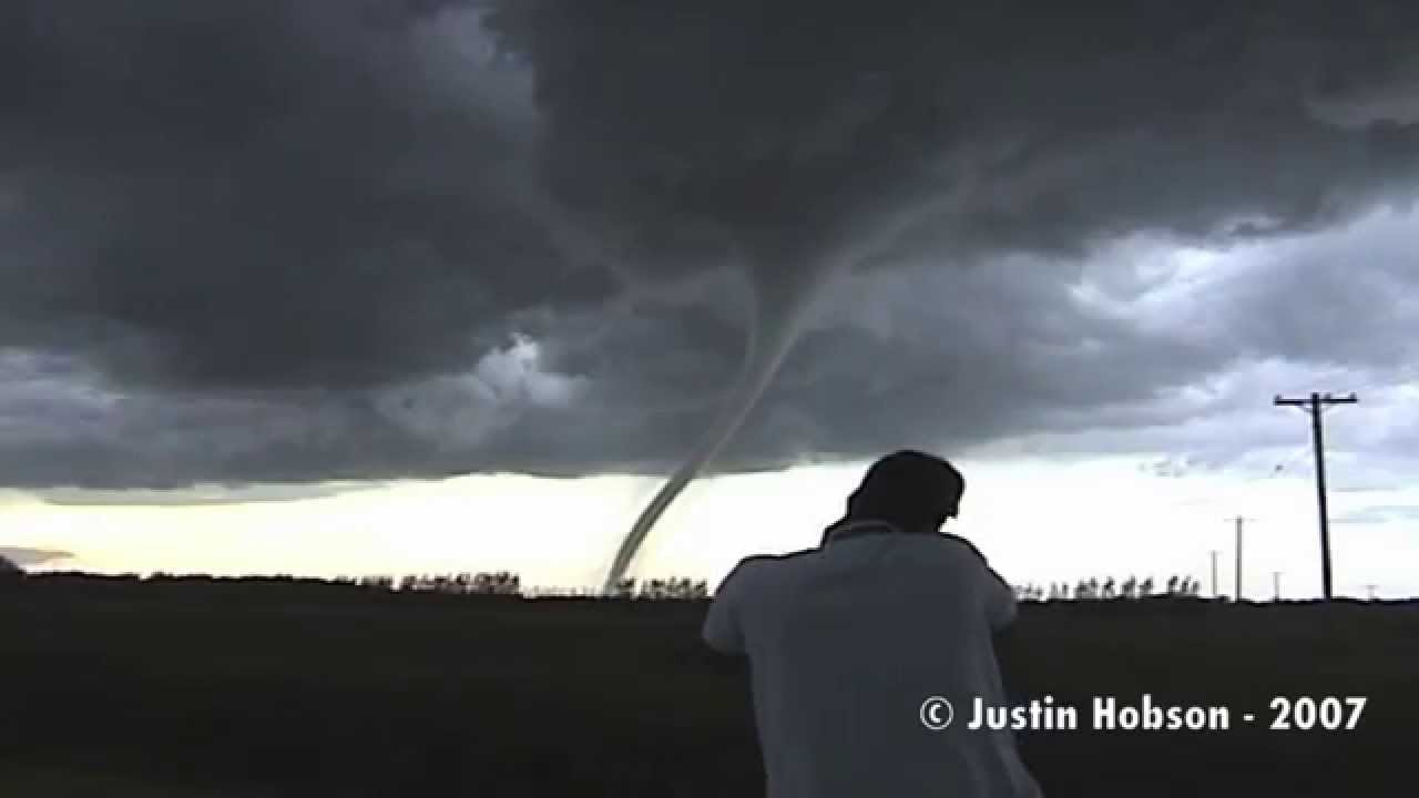 F5 Tornado: Extended Cut - YouTube