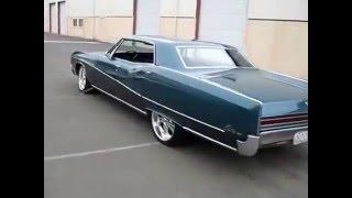Blue Buick Electra 1967 225 Sedan