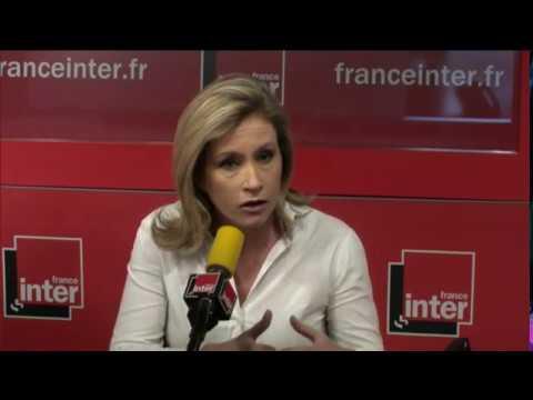 Que les medias italiens et américains racontent-ils de la politique française?