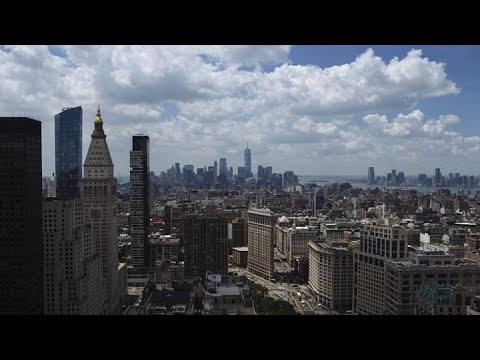 Nyc Luxury Apartment Sales Drop Youtube