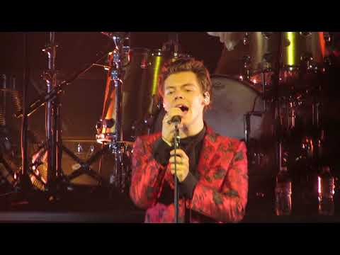 Harry Styles Live on Tour: Sign of the Times Radio City 9/28/2017