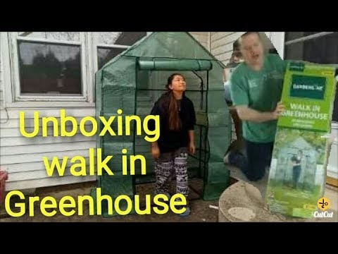 Unboxing Walk In Green House American Filipina Couple