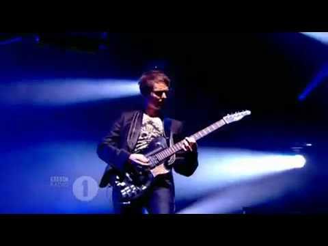 Muse - Uprising(Live Teignmouth,Devon 2009)