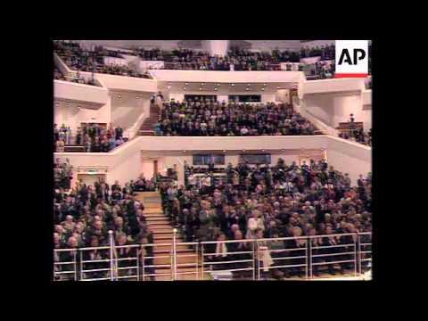 N. IRELAND: BELFAST/OMAGH: US PRESIDENT CLINTON VISIT