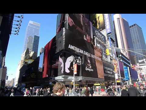 American Eagle @ Times Square