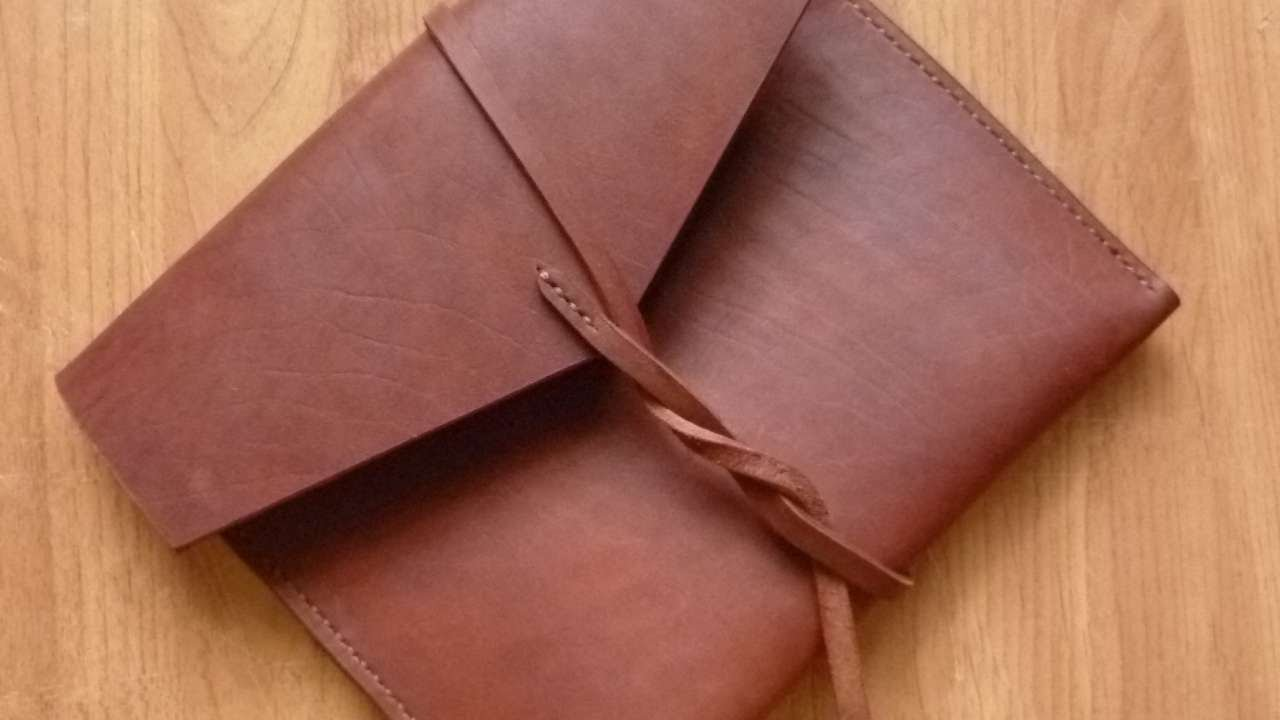 How To Make Simple And Convenient Leather Clutch Diy Tutorial Guidecentral You