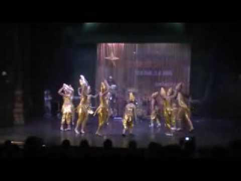 Múa Vũ khúc dưới trăng - Đội múa Cộng đồng