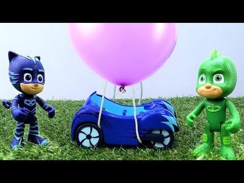 Catboy'un arabası uçuyor. Erkek çocuk...