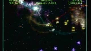 Geometry Wars: Galaxies Review (Wii)