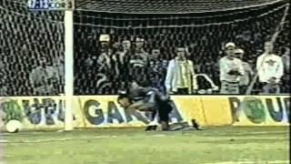 Todos os pênaltis defendidos por Dida jogando pelo Corinthians