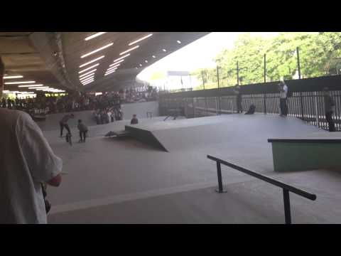 Veja o video -BaySixty6 Skatepark – Nike Skateboarding Demo 15/09/12 #3