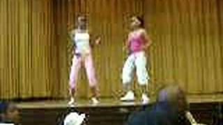 jessica and whitney jappin at da talent show