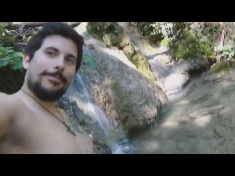 Alle Cascate del Bucamante - in gita a Serramazzoni - sono stato morso da un cane